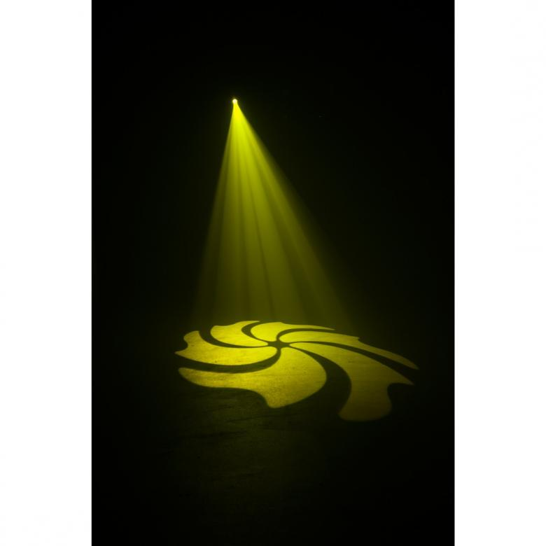 ADJ Inno Spot LED Moving Head kirkkaalla valkoisella 45W CREE LEDillä. Prisma, 8- väriä + valkoinen, 6- pyörivää goboa 17 asteeen aukeamiskulma. Tämä pienikokoinen spot head antaa tehon joka peittoaa perinteisen 150W kaasupurkaus lampun tehon. Mitat 242 x 205.8 x 284.6mm sekä paino 6.5kg.