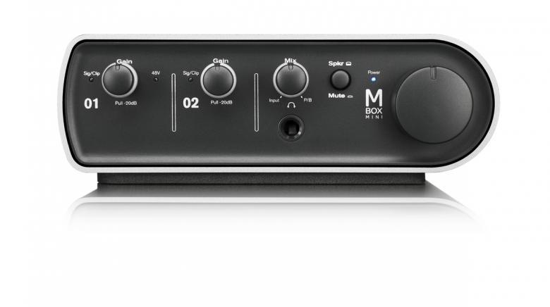 AVID BUNDLE> Sibelius 7+ Mbox Mini äänikortti, Ensiluokkainen nuotinnosohjelma ammattilaisille ja harrastajille!