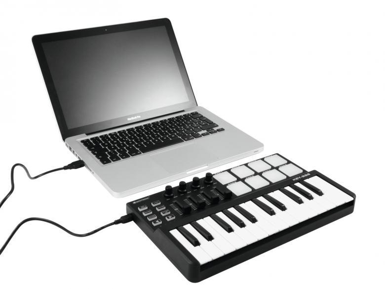 OMNITRONIC KEY-288 MIDI kontrolleri on musiikin tuottajille, tekijöille sekä tiskijukille tarkoitettu ohjain yksikkö. Pienikokoinen ja kulkee näpästi vaikka laptop laukussa. Toimii virtuaalisesti minkä tahansa audio softan kanssa. Erittäin pieni: 320 x 190 x 45 mm ja paino 0,76kg. Toimii Windows XP, Vista, 7 and Mac OS X 10.3.9 tai uudemmat!