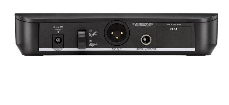 SHURE BLX24E/SM58 S8 Langaton mikrofonijärjestelmä 823-832Mhz. Käsimikrofoni ja vastaanotin. Vapaat taajuusalueet! 12. taajuuttaa, vaihdettavissa suoraan lähettimestä ja vastaanottimesta. Nyt se on täällä, Shuren budjettiluokan langaton uutuus järjestelmä. Nerokkuudessaan ja käytön helppoudessaan vertaistaan on turha hakea. SM-tuotelinjaan pohjautuvien langattomien myötä Shure-äänenlaatu on jokaisen tavoitettavissa. Analoginen lähetystekniikka ja SM-sarjasta tutut kapselit tarjoavat huokean vaihtoehdon, joka on valmis käytettäväksi heti paristot asennettuasi. 12 yhteensopivaa taajuutta per ryhmä. Ryhmän ja kanavan skannaus helpottaa käyttöönottoa. AA-paristoilla toimivat lähettimet tarjoavat jopa 14 tunnin käyttöajan ja 100 metrin käyttösäteen (näkölinjassa). 3 vaihtoehtoista diversiteetti-vastaanotinta.