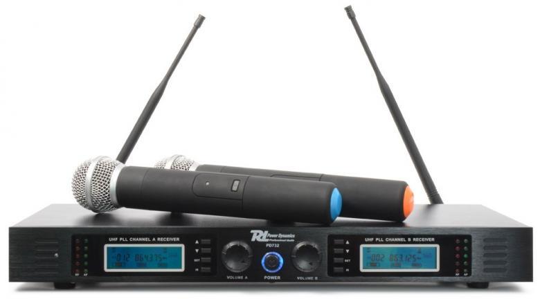 POWERDYNAMICS PD732H 2x16-kanavainen langaton mikrofoni. Mikrofonijärjestelmä toimii UHF-taajuusalueella 863-865MHz (luvasta vapaa taajuusalue). Sisältää monikanavaisen vastaanottimen, kaksi käsilähetintä (mikrofonia) ja alumiinisen kuljetuslaukun. Mikrofonijärjestelmä soveltuu tiskijukille, juontajille, puhujille, laulajille, kuin myös karaokekäyttöön.