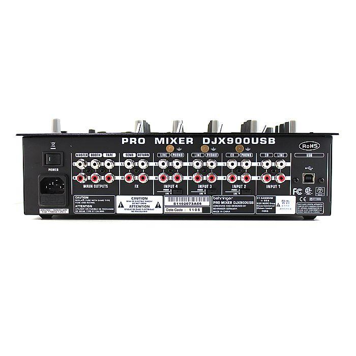 BEHRINGER PRO MIXER DJX900USB 5-kanavainen DJ-mikseri huippu laadukkaalla efektiosiolla ammatti käyttöön. Mukana sisään rakennettu USB-audio-interface.• 45 mm infinium crossfader • -alueinen Kill-EQ kaikissa kanavissa • Edistyksellinen XPQ stereo surround-efekti.