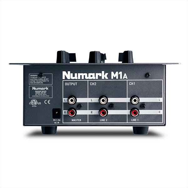 NUMARK CD DJ IN A BOX Complete DJ System