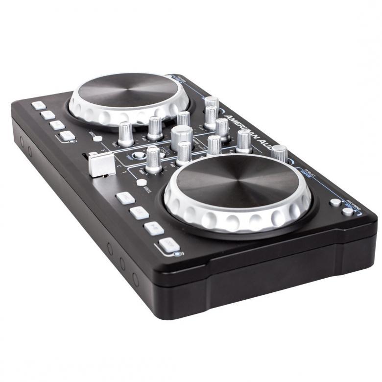 ADJ DJ-kontrolleri ELMC-1 on 2-kanavainen midikontrolleri, paketissa mukana Virtual DJ LE dj-soitto-ohjelma. ELMC-1 DJ-kontrollerilla bileet pystyyn helposti, kytke tietokoneeseen ja aloita soitto. Esikuuntelu vaatii erillisen äänikortin, katso yhteensopivat tuotteet. Laitteen mitat 360 x 180 x 64mm sekä paino 1,07kg.