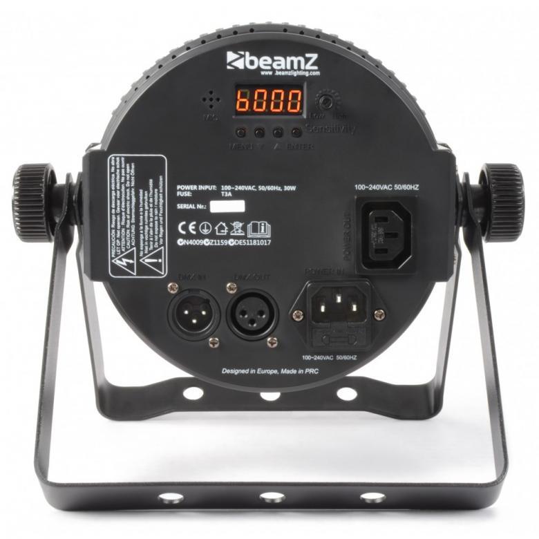 BEAMZ LED FLAT-PAR Spotti 7x18W RGBAWUV IR-kaukosäädin. Aukeamiskulma 23 astetta. Tässä FLAT-PAR mallisessa valonheittimessä on 7 kpl super-kirkasta RGBAWUV LEDiä kompaktissa kuoressa joka mahtuu lähes mihin tahansa. Laitteessa myös UV. Laite tarjoaa runsaan valikoiman staattisia värejä sekä värisekoituksia. Laitteessa sisäänrakennettuna automaattisia sekä ääni-aktivoitavia ohjelmia, strobo, sähköinen himmennys ja vaihteleva nopeus-pulssi efekti käyttöön kiireessä. Voit myös luoda oman lookkisi käyttämällä 9-kanavaista DMX-moodia. Mahdollisuus ketjuttaa useita laitteita.