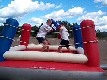 VUOKRAUS Vuokraa Bouncy Boxing, pomppuli, discoland.fi
